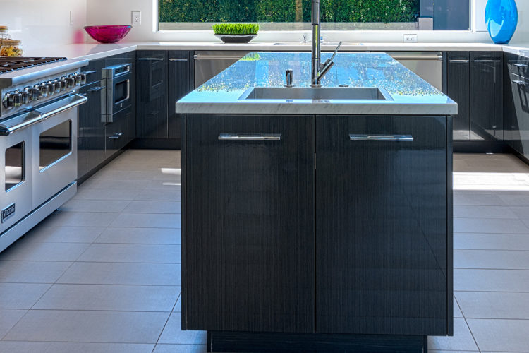 Why are granite countertops so popular, and what are the benefits?