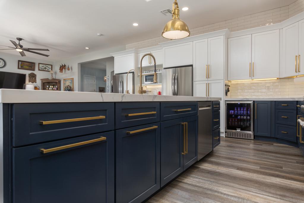 Custom Blue Cabinet Ideas for 2021
