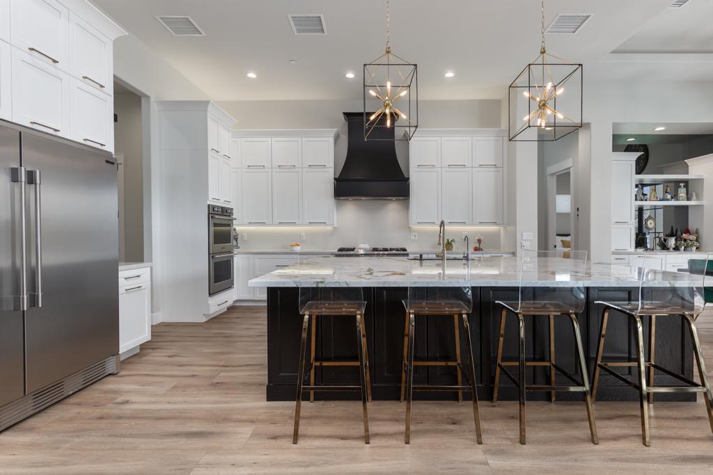 White Kitchen Cabeint Ideas in 2021